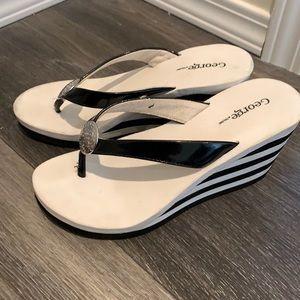 Foam platform thong flip flop sandals